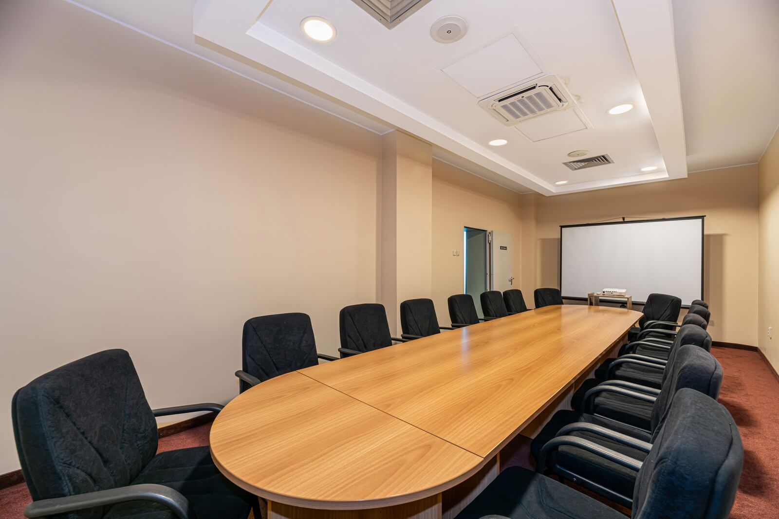 orion meeting room 03