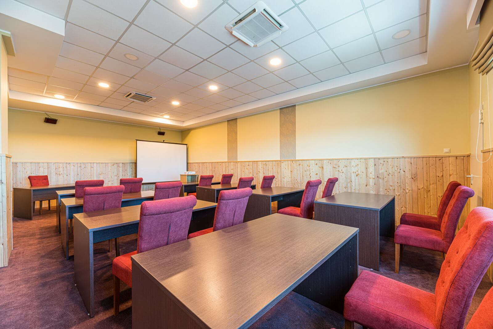pegasus conference room 03