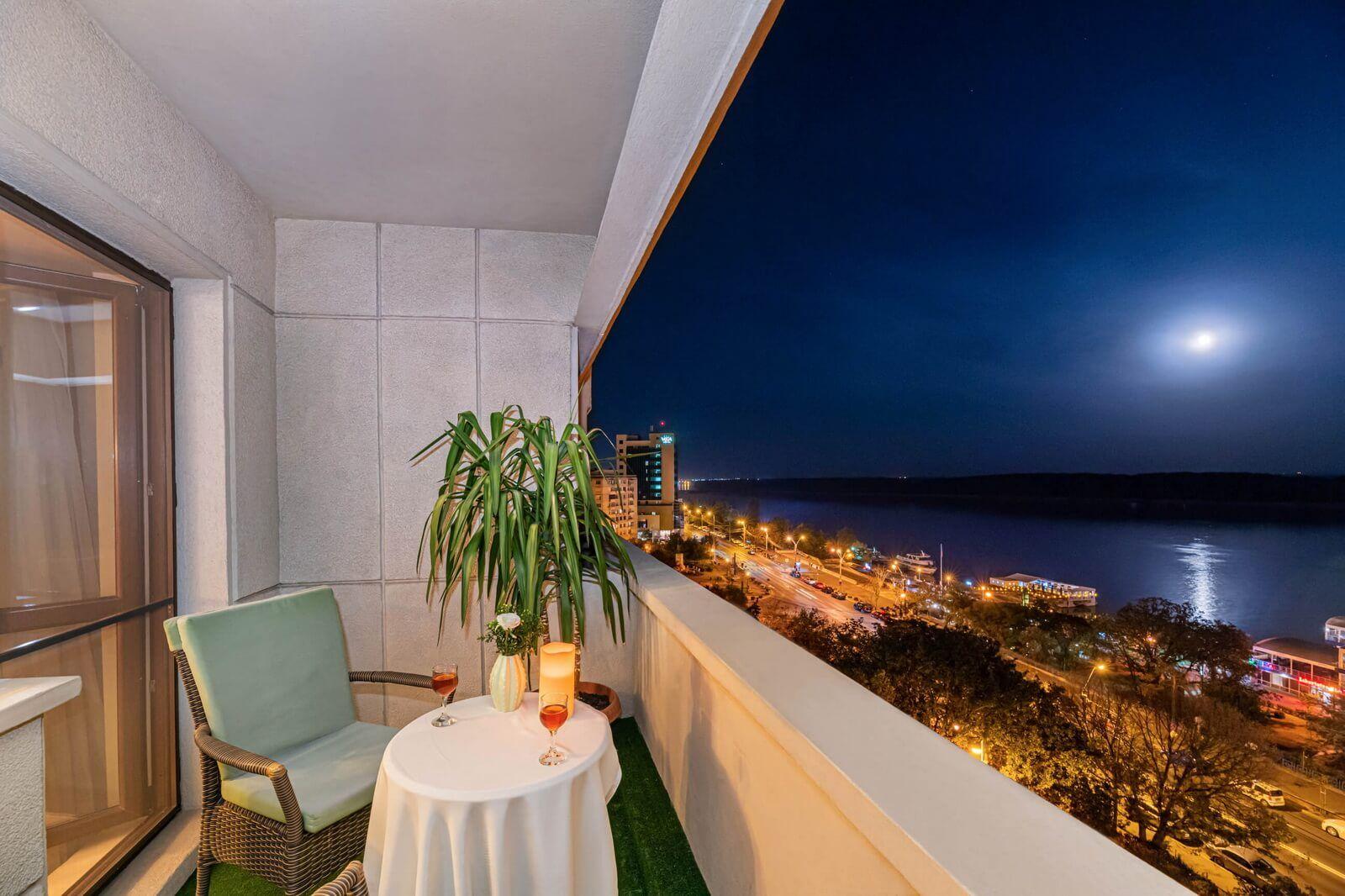faleza double standard danube view and balcony 03