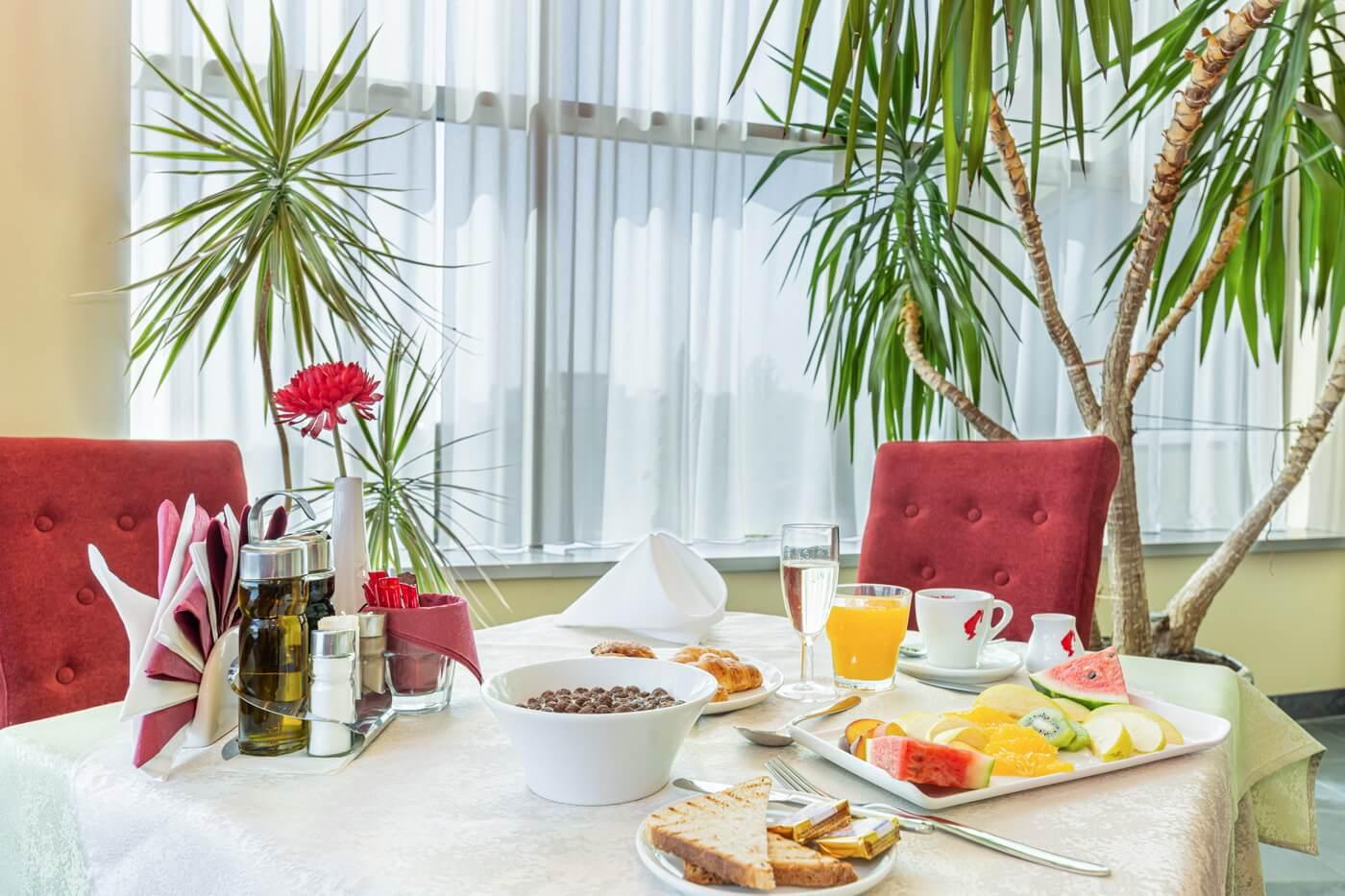 mic dejun dunare 02